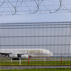 y-post-welded-mesh-razor-wire-fence2_